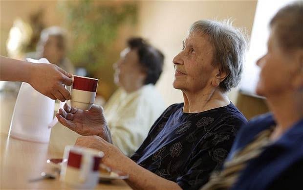 elderly_1821535b